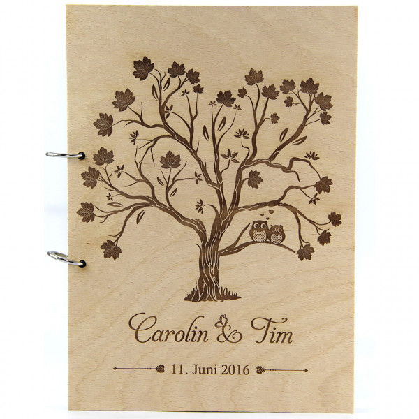 Rustikales Gästebuch aus Holz | Eulen auf dem Baum