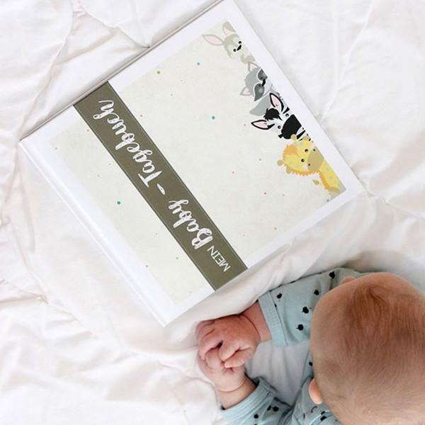 Baby-Tagebuch Titelseite mit abgebildeten Tieren